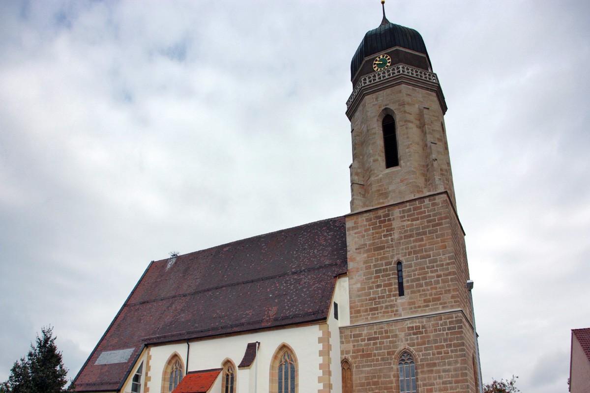 Refurbishment Of St Lukas Roof Structure Peter Und